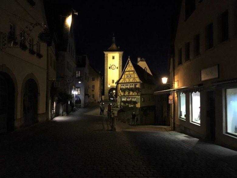 ローテンブルク夜の街